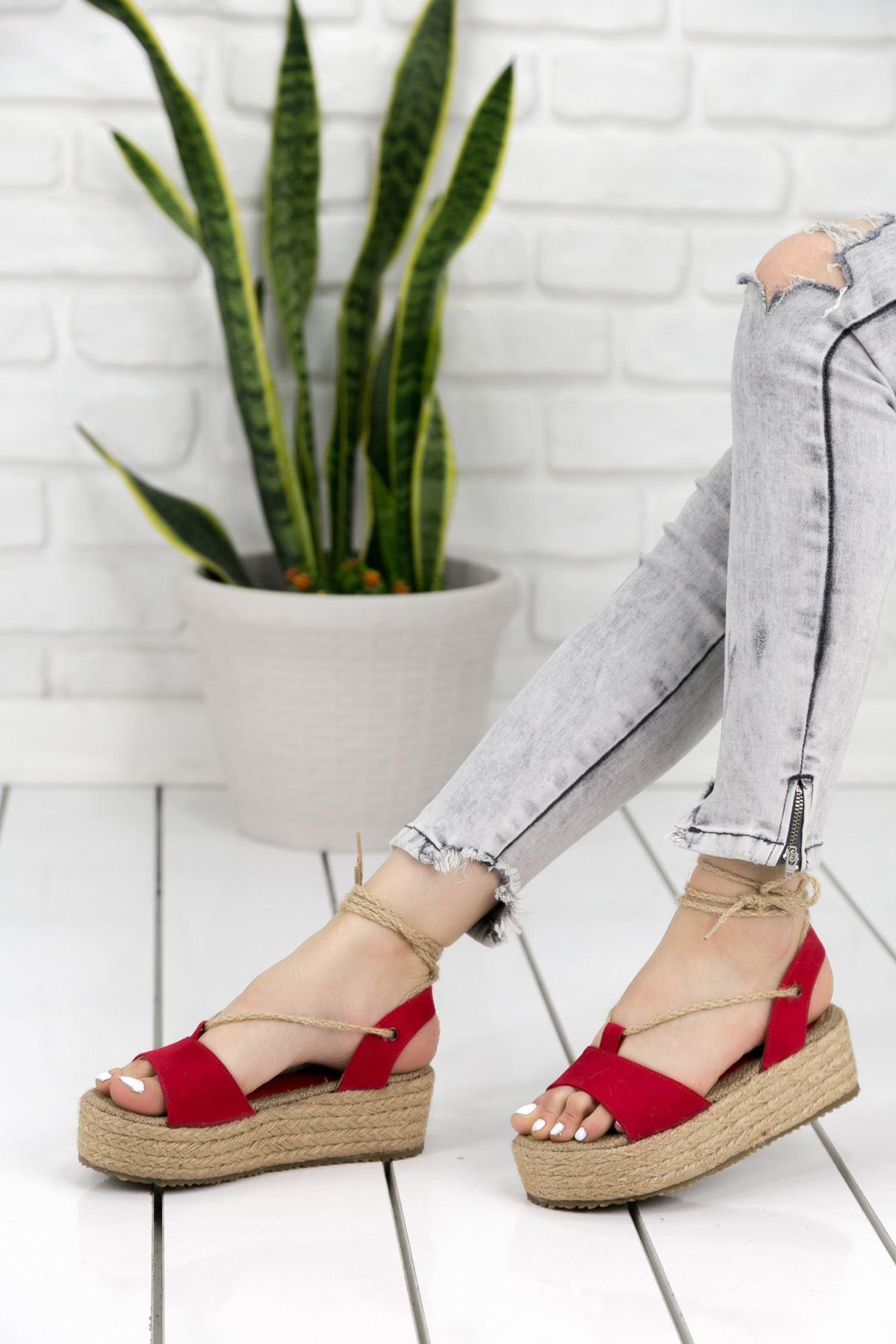 Tania Kırmızı Bayan Sandalet