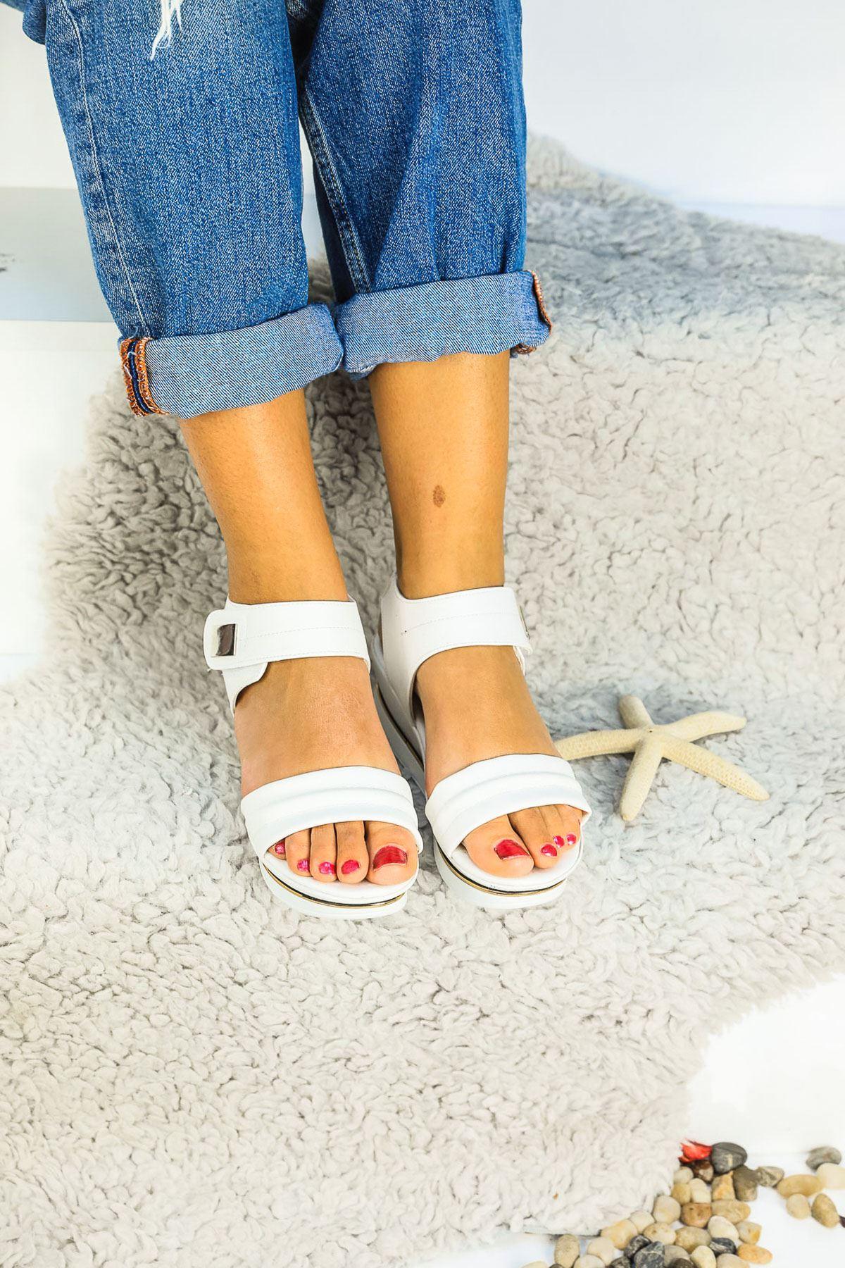 Bianca Ortapedik Beyaz Bayan Sandalet
