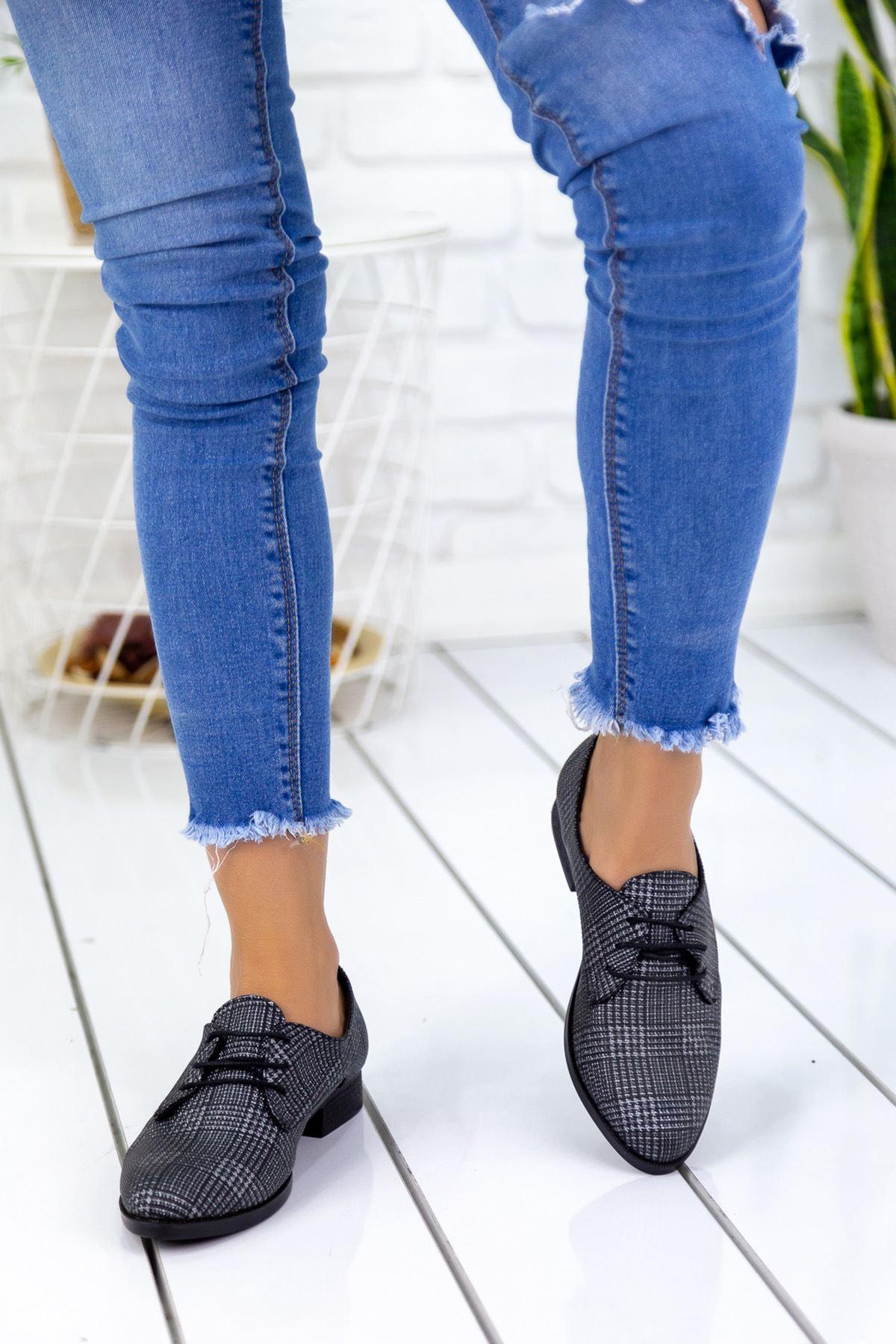 Suzzy Ekoseli Rahat  Bayan Ayakkabı