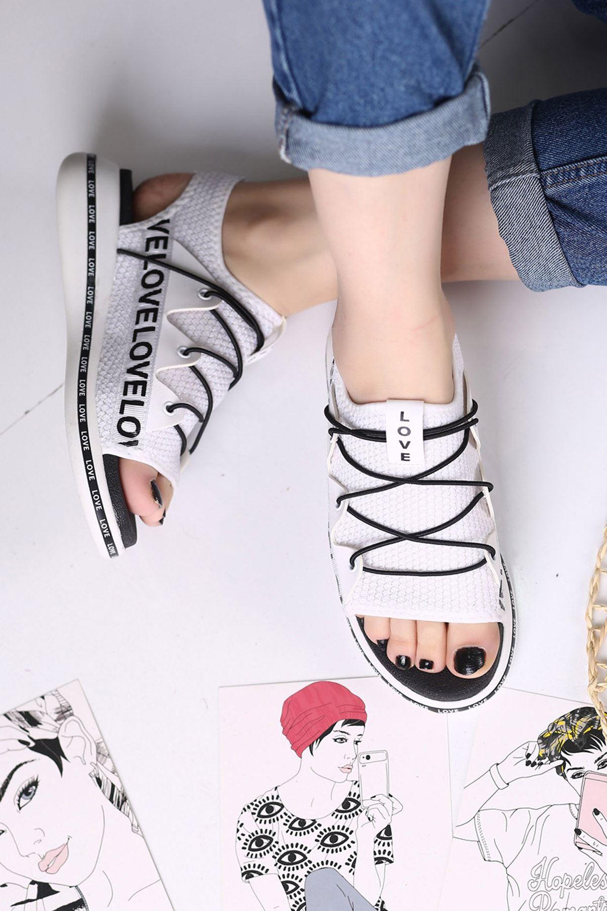 Awser Beyaz Ortapedik Bayan Spor Ayakkabı