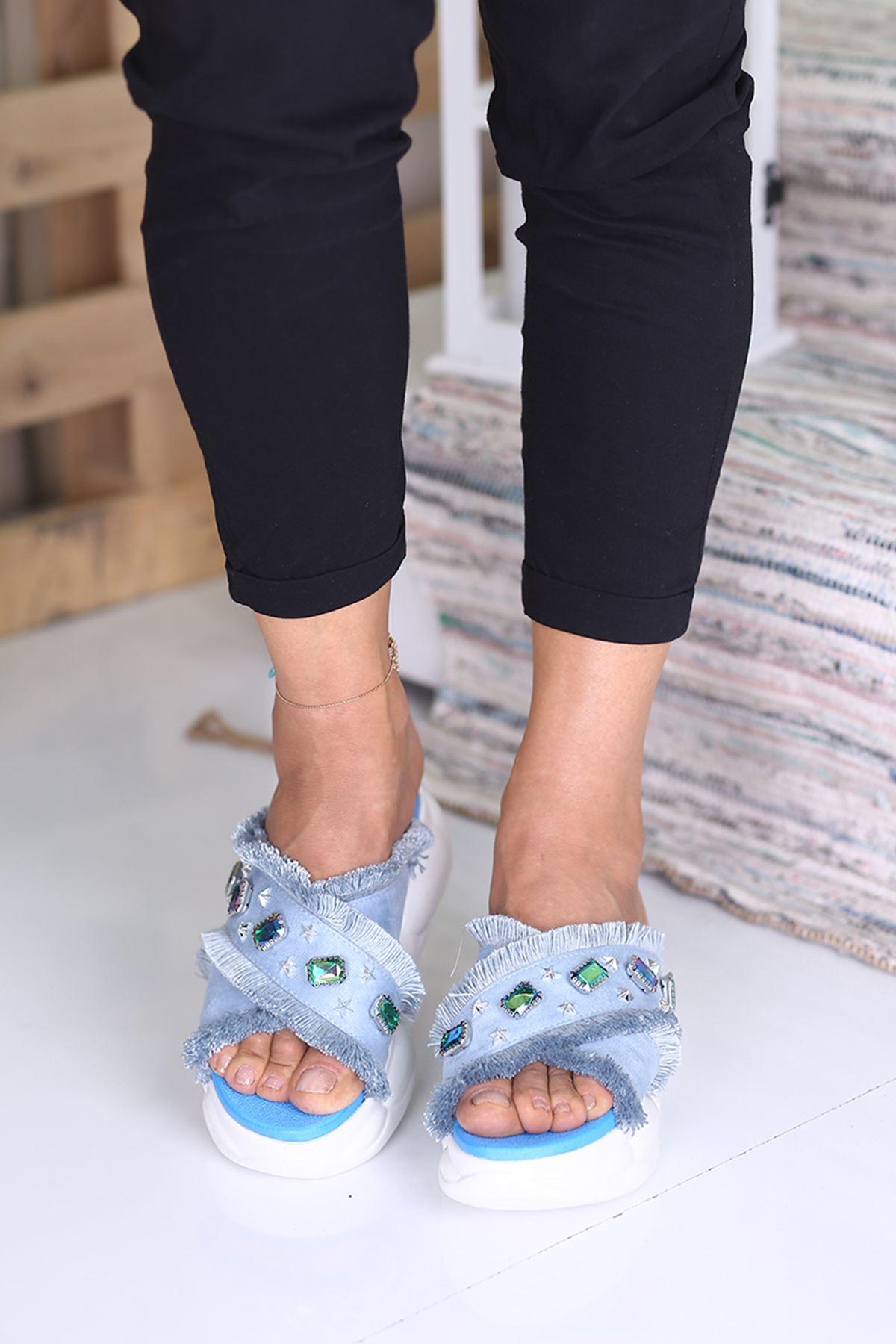 Pilo Mavi Taşlı Bayan Terlik