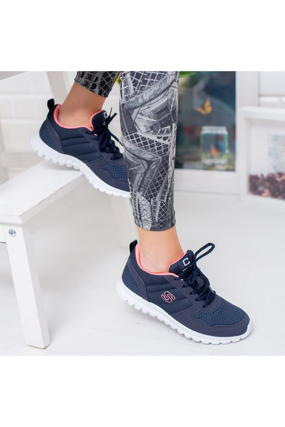 Stilo Lacivert Ortapedik Bağcık Detaylı Spor Ayakkabı