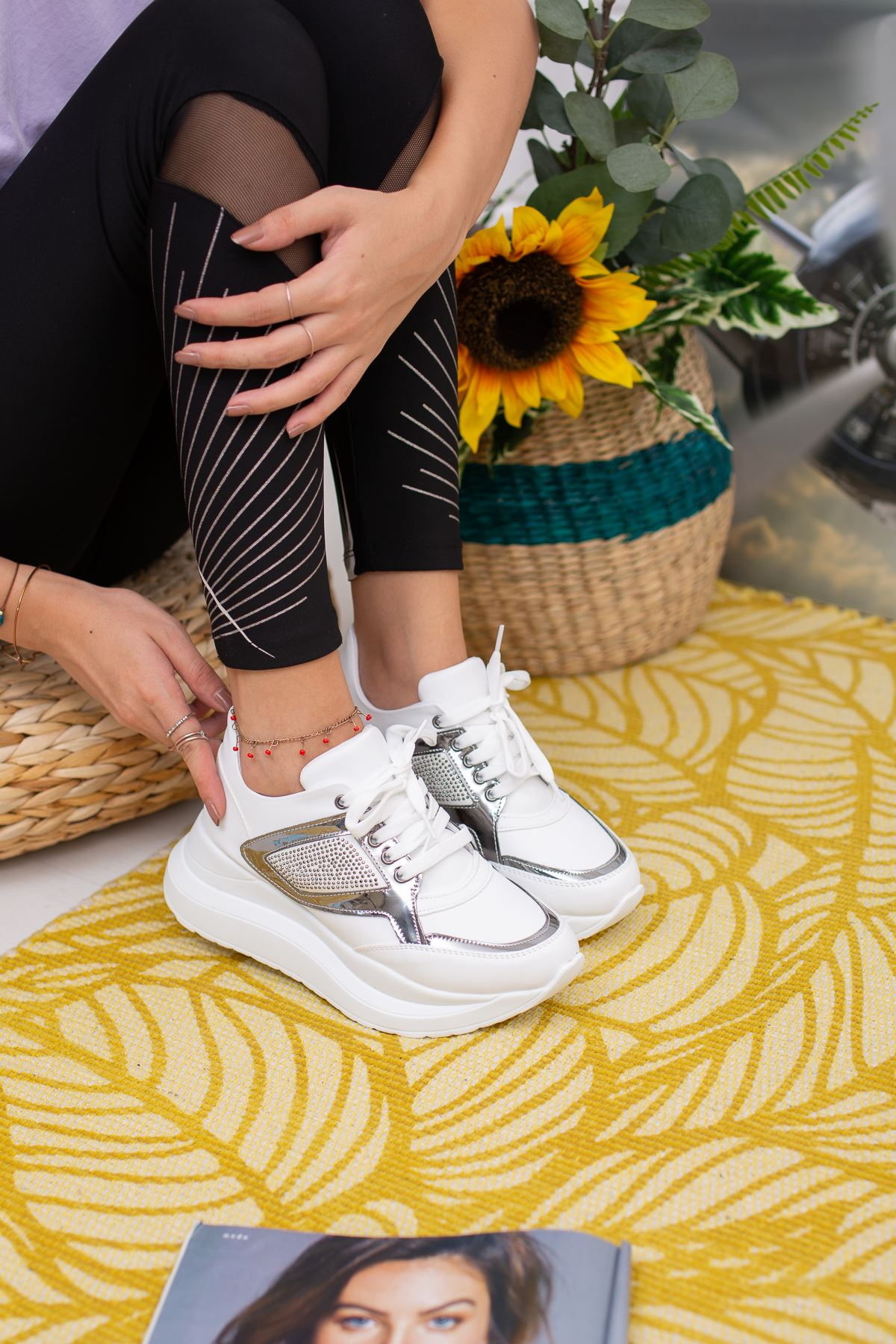 Linterie Beyaz Ortapedik Bayan Spor Ayakkabı