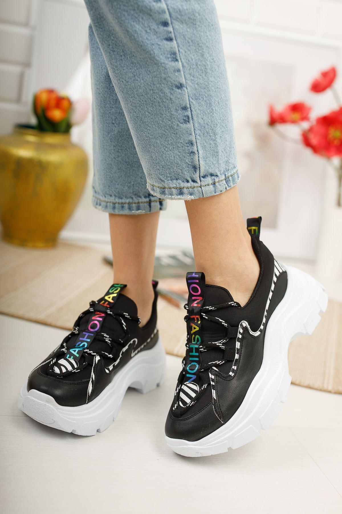 Aria Siyah Beyaz Kadın Spor Ayakkabı