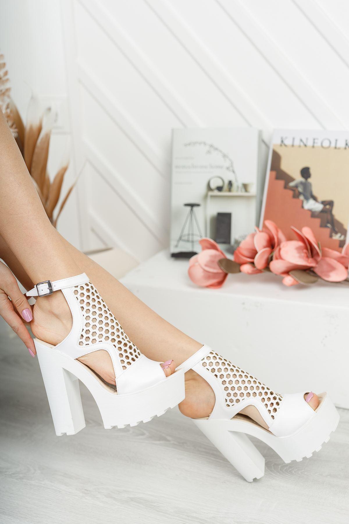 Frida Beyaz Yüksek Topuk Kadın Ayakkabı