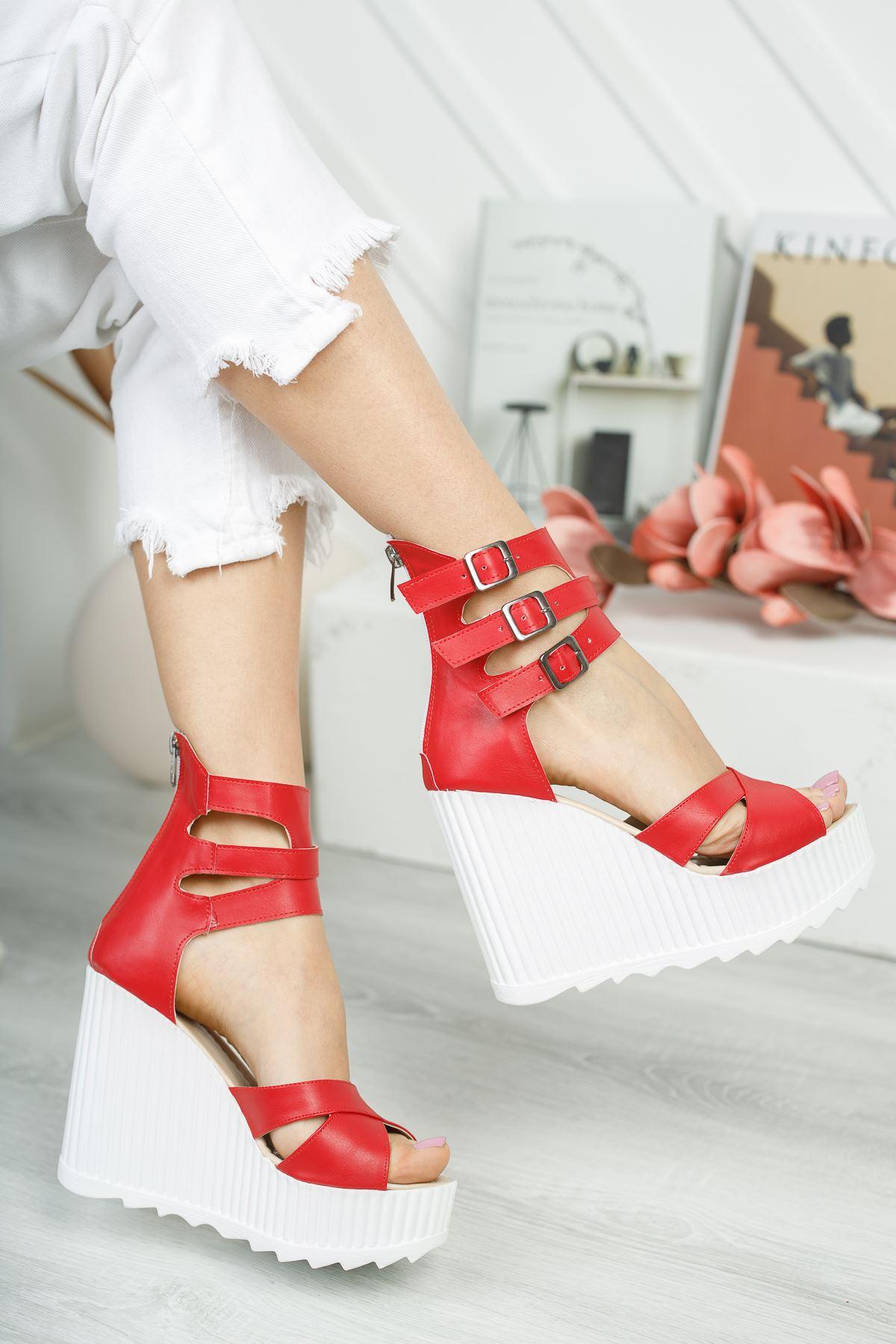 Serkar Kırmızı Fermuar Detay  Platform Kadın Ayakkabı