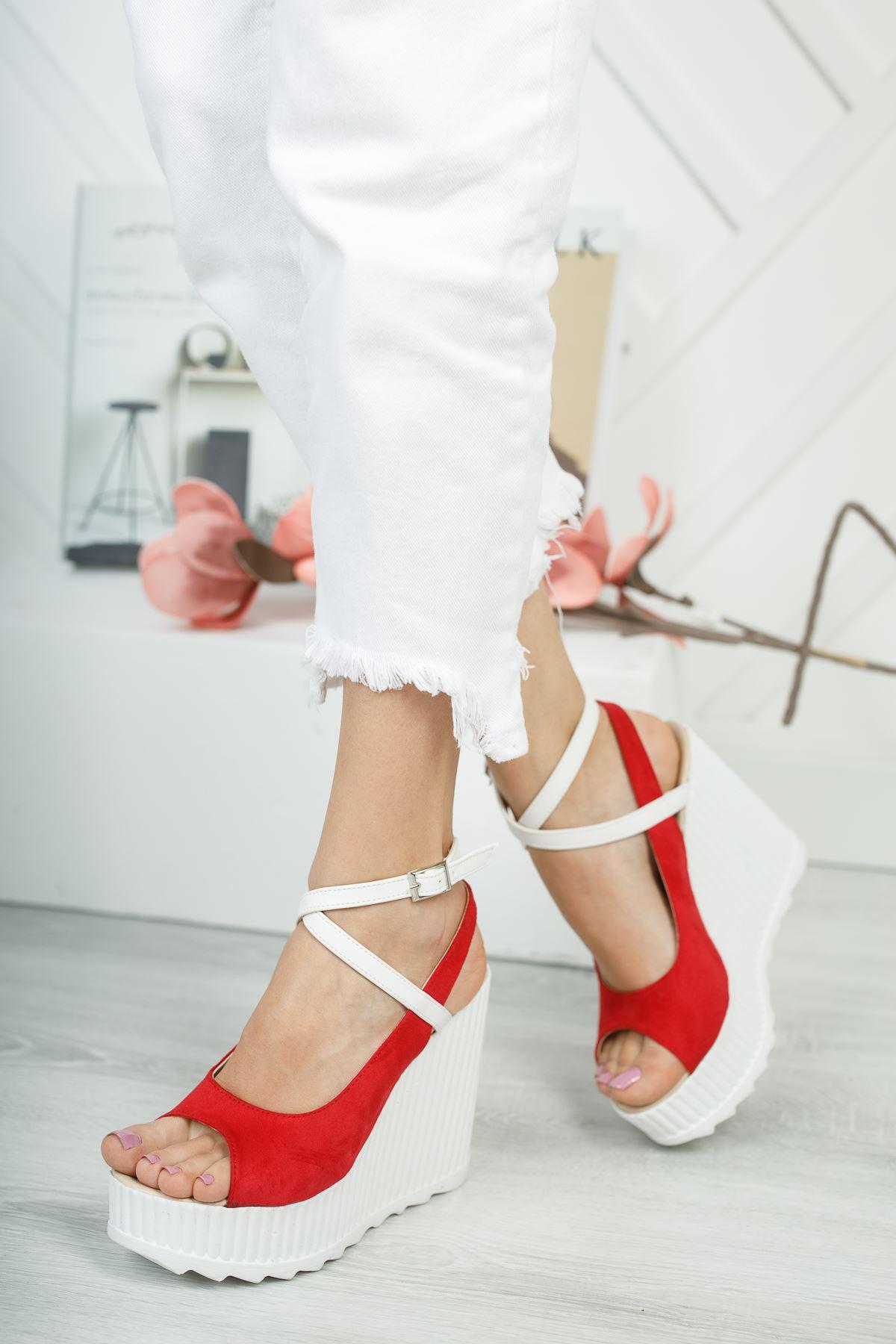 Serkar Süet Kırmızı Tokalı Platform Kadın Ayakkabı