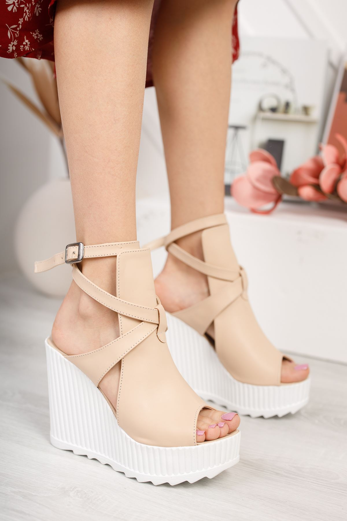 Gemaş Vizon Cilt Platform Topuk Kadın Ayakkabı