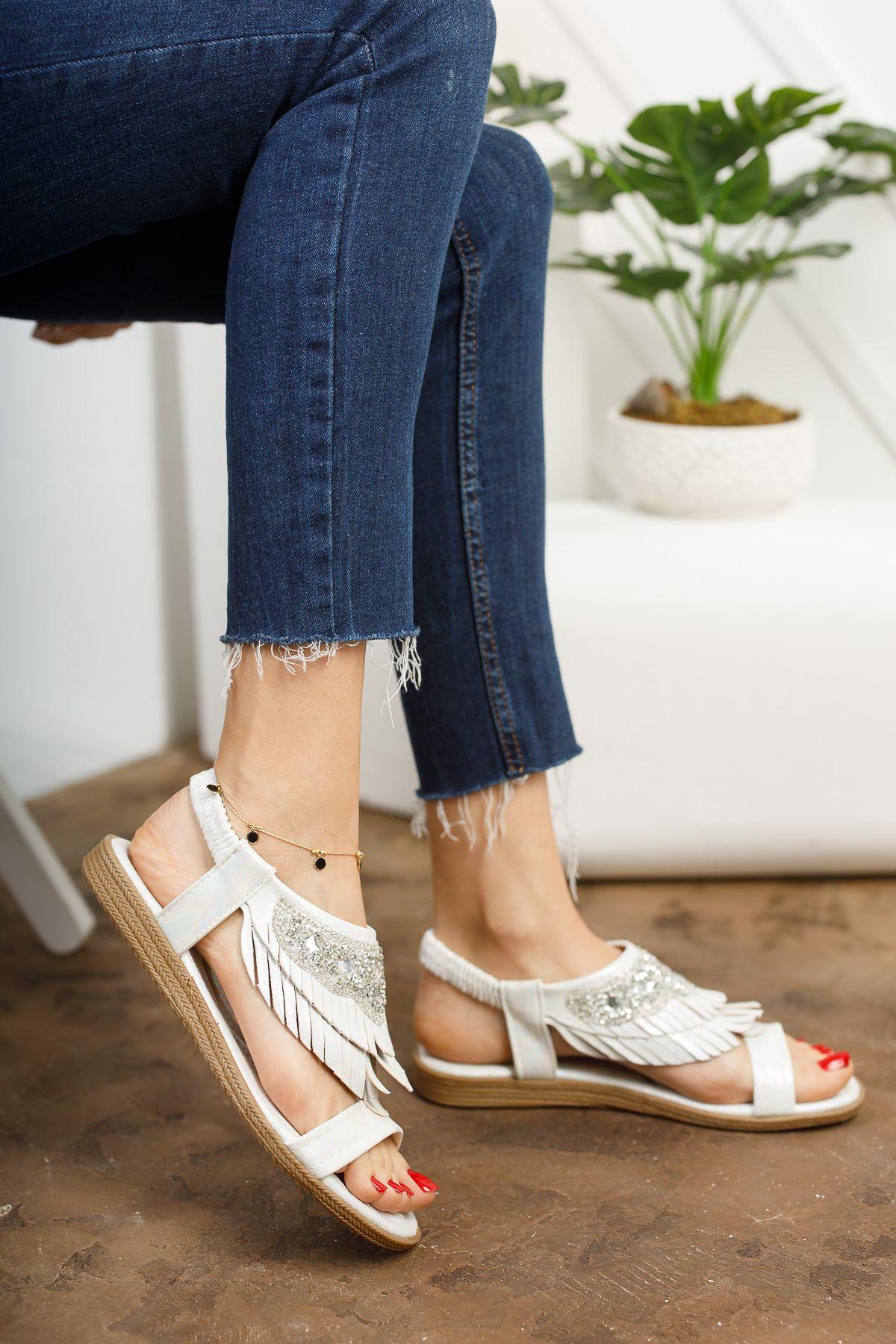 Beybun Beyaz Kadın Sandalet