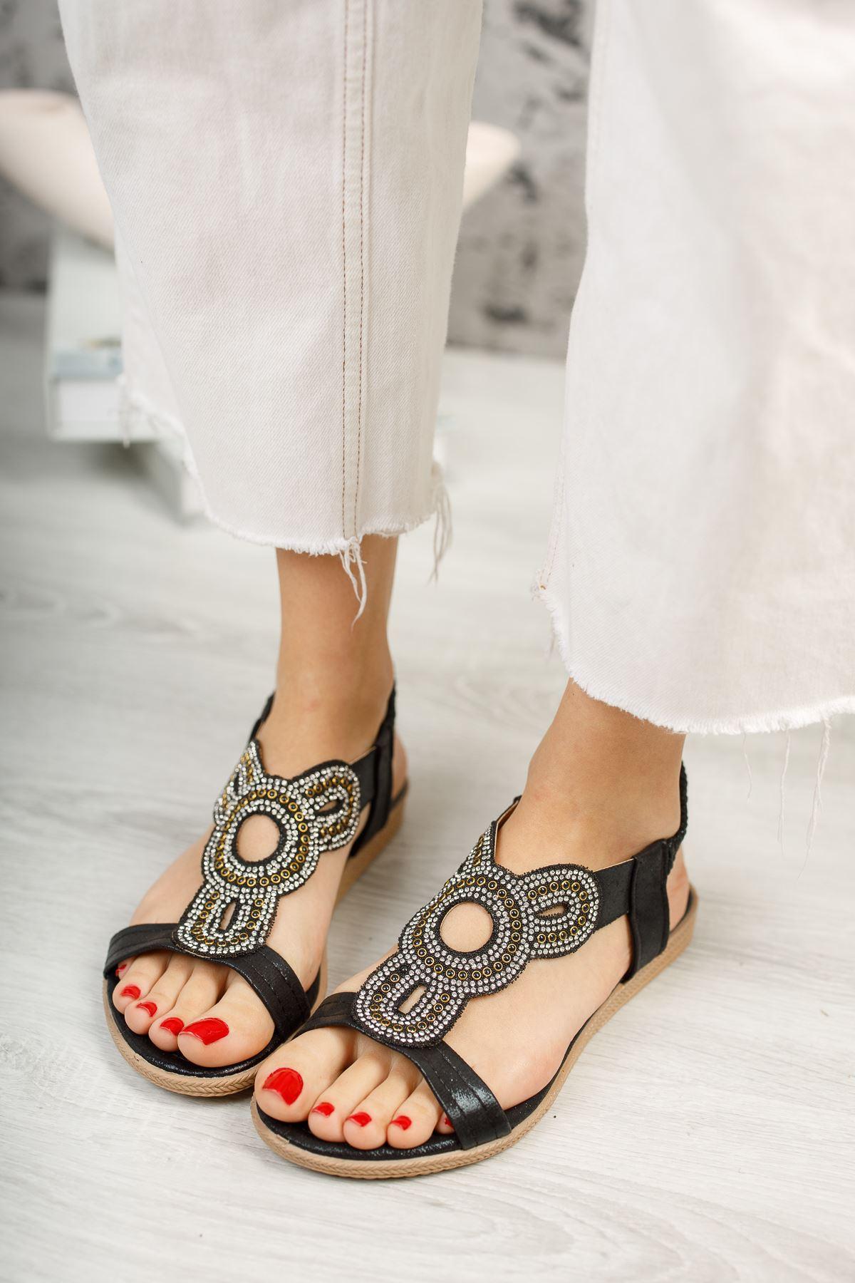 İlon Siyah Kadın Sandalet