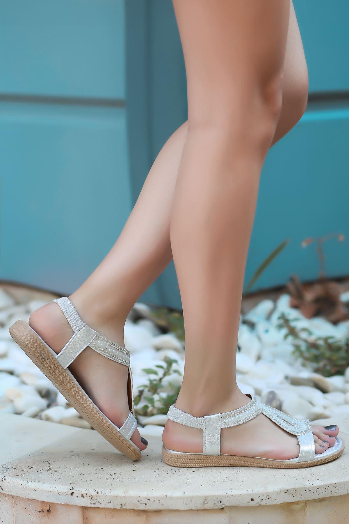 May Gümüş Kadın Sandalet