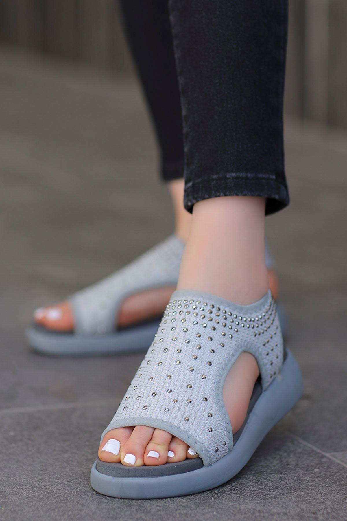 Cosmos Gri Taşlı Kadın Günlük Sandalet
